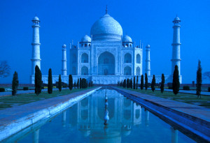 India - Taj Mahal Moonlight